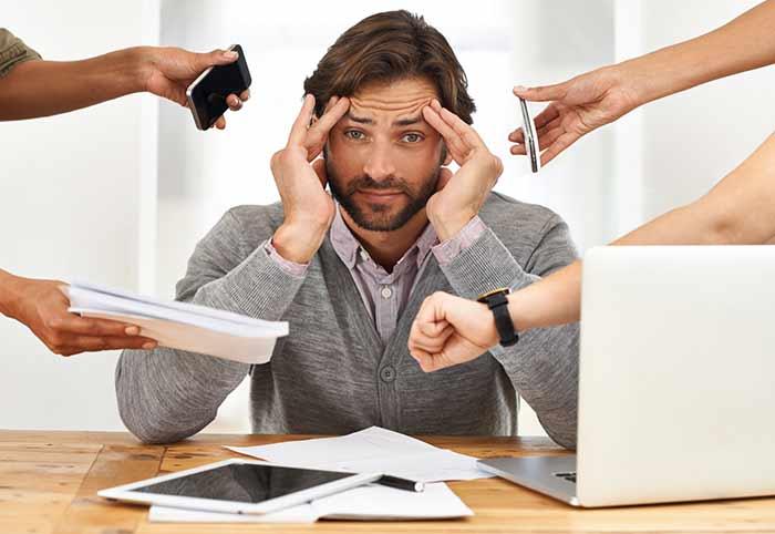 Cuộc sống áp lực khiến sức khỏe nam giới suy giảm