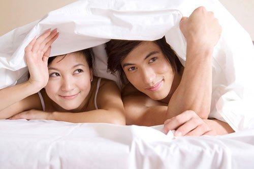 Nên quan hệ tình dục và xuất tinh điều độ cho cuộc sống dài lâu