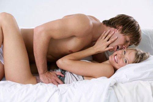 Quan hệ vào ngày kinh nguyệt có an toàn không ?