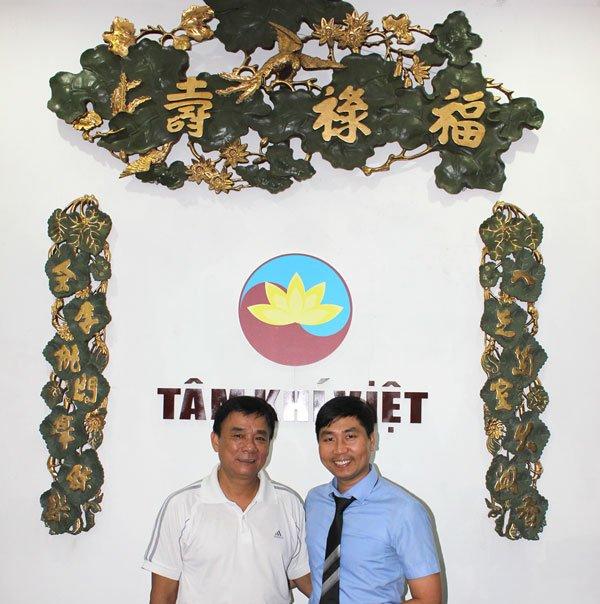 anh Nguyễn Bá Toàn và giám đốc Học viện Tâm Khí Việt