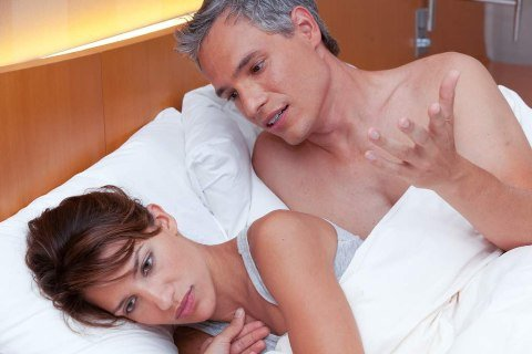 Xuất tinh sớm ở nam giới trẻ tuổi khác gì so với người có tuổi ?