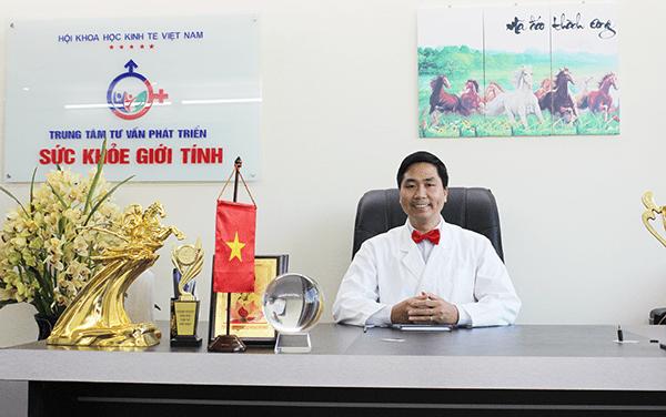 Chuyên gia Nguyễn Bá Toàn - Giám đốc trung tâm tư vấn phát triển Sức khỏe giới tính