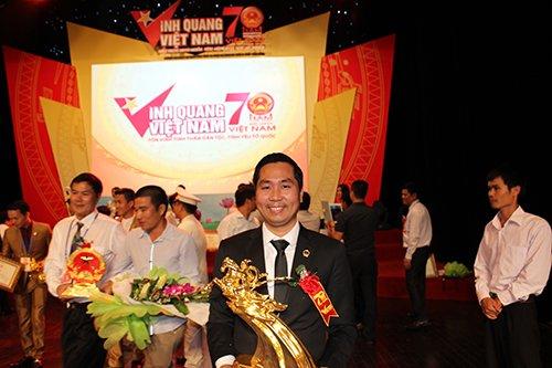Tượng vàng thánh gióng - Vinh quang Việt Nam