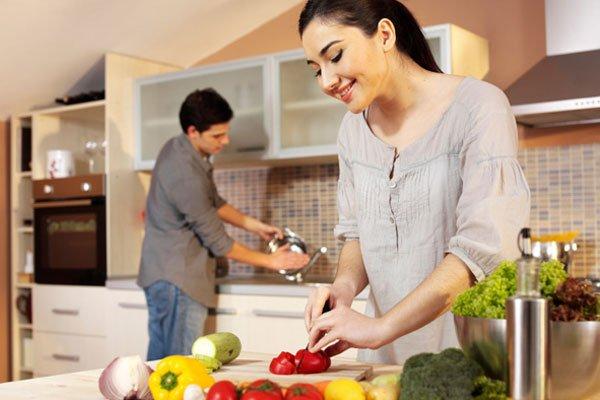 Chia sẻ việc nhà với vợ