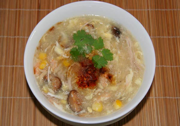 Nấm linh chi nấu súp cua