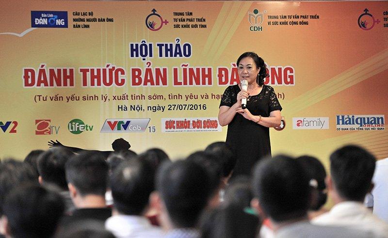 Bà Vũ Thị Minh Phương - Thạc Sĩ, Bác Sĩ Đông Y, Phó Giám Đốc Trung Tâm Tư vấn phát triển vì sức khỏe Cộng Đồng