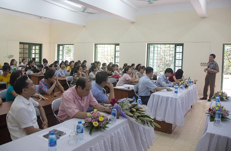 Quang cảnh hội trường trung cấp mẫu giáo nhà trẻ Hà Nội
