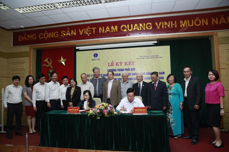 Bộ y Tế và Hội GDCSSKCDVN ký kết hợp tác